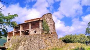 Casa del bandoler Serrallonga. Ruta fàcil per Viladrau de 6 km