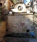 De la font Gran de Montserrat a la font de l'Esquerrà